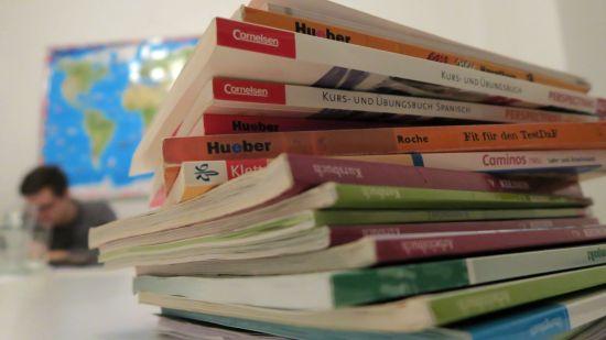 Sprachunterricht - mit und ohne Bücher
