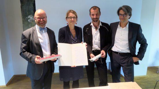 Archivdirektor Thomas Kübler, Kulturbürgermeisterin Annekatrin Klepsch, Schauburg-Chef Stefan Ostertag und Architekt Benjamin Grill
