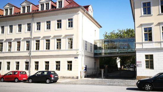 Die Hauptgeschäftsstelle des Heinrich-Schütz-Konservatoriums auf der Glacistraße