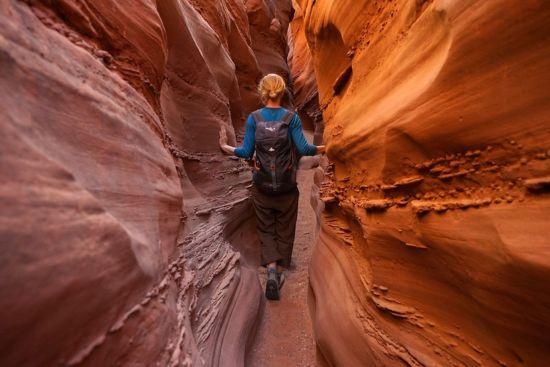 """""""Was einen das Reisen lehrt ist definitiv, dass man immer zu viel Eigentum anhäuft und mit sich herumträgt"""""""