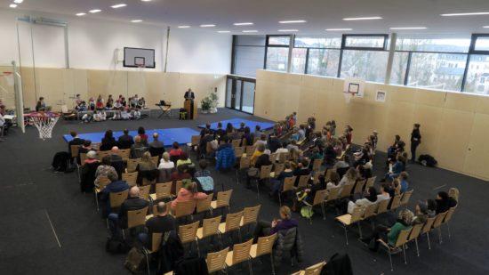 Zur Einweihung sprach Bildungsbürgermeister Hartmut Vorjohann.