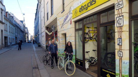 Linda Ogrissek und Ronny Walther führen das Elbcycles auf der Böhmischen Straße