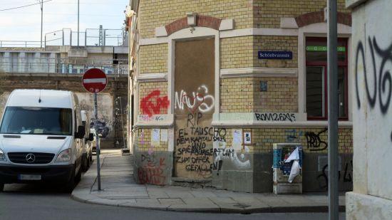 Statt El Tauscho ist die Schönbrunnstraßenecke zurzeit traurig und leer.