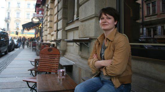 Momentan jobbt Stefanie im Zille, im Tanteleuk und im Thalia. Sie ist offen für Fragen zum Projekt.