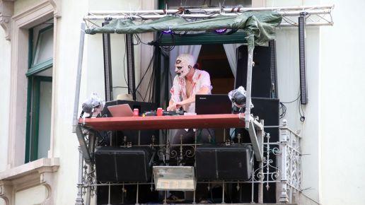 DJ überm Old Beams - Alaunstraße