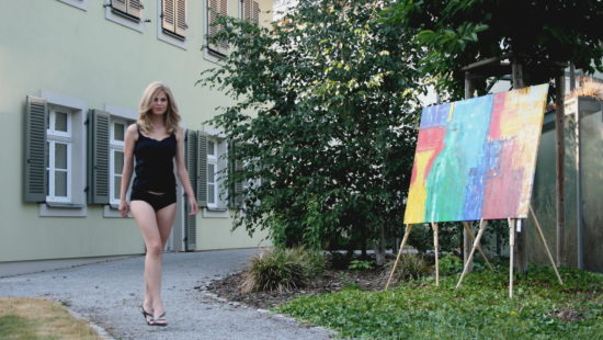 Eine Nachtwäsche aus dem Modegeschäft von Michaela Binder.