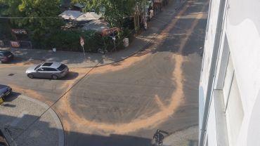 Ominöse Sandspuren in der Neustadt.