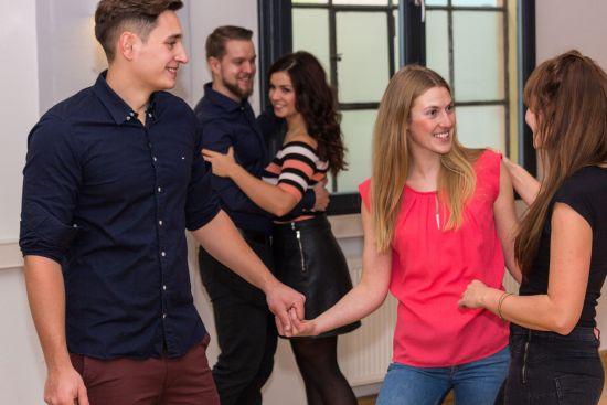 Tanzen lernen im Studio.