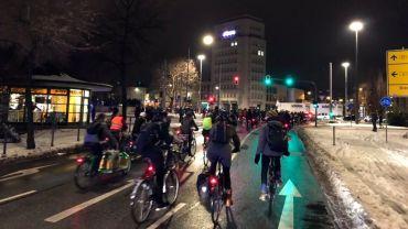 Fahrrad-Demo am Albertplatz - Foto: Johannes Filous