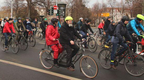 Mehr als 600 Radfahrer waren vor Ort, nicht jeder mit einem eigenen Bike.