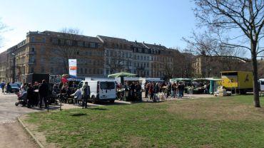 Markttreiben auf dem Alaunplatz