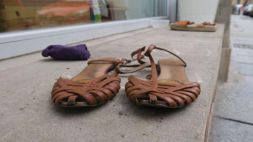 Sandalen auf der Louisenstraße