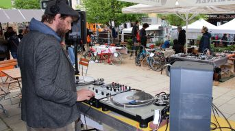 DJ Barrio Katz