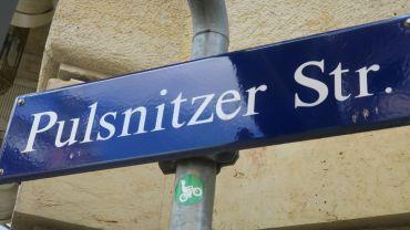 """Straßenschild """"Pulsnitzer Straße"""""""