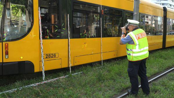 Unfall mit Fußgänger an der Albertstraße