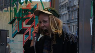 Lisa Maria Baier ist Meisterschülern der Partizipativen Kunst in Dresden.