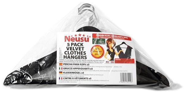 Pack of velvet hangers