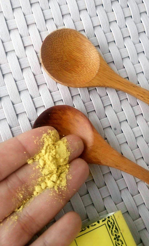 Esfoliante tailandês de cúrcuma