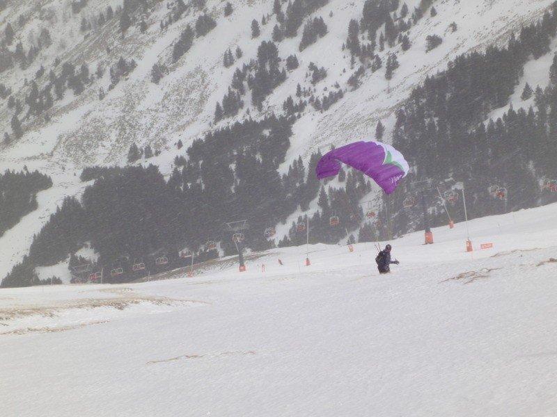 Aunque esté nevando podemos seguir practicando.