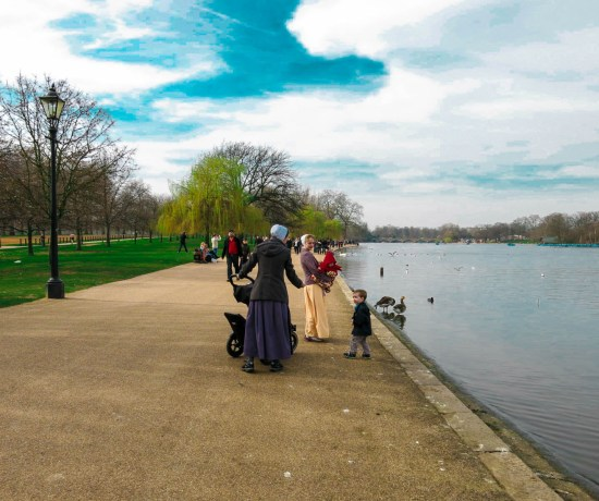 Never Ending Honeymoon | Hyde Park in the spring, London