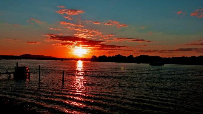 1 Noosa River Sunset