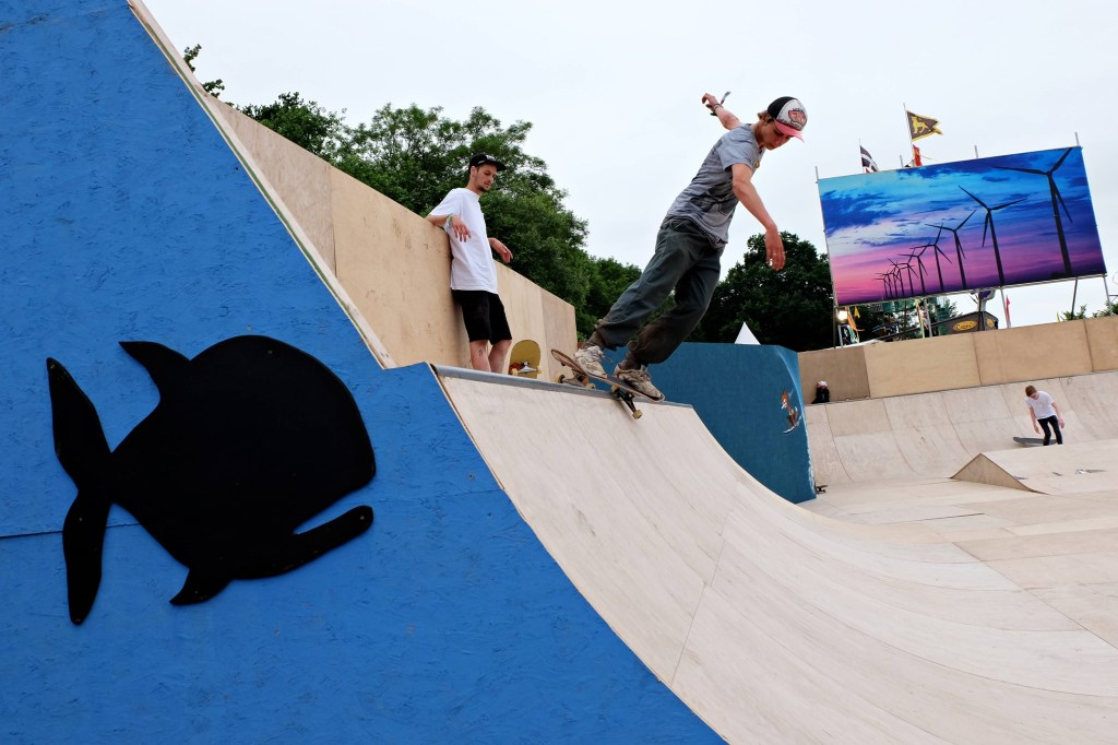 Glastonbury 2016 23 June Thursday day Greenfields skate park WS