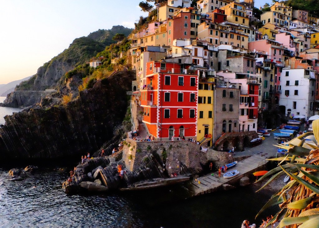 Never Ending Honeymoon | Photos to inspire you to visit Cinque Terre, Italy