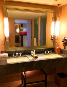 Marina Bay Sands Hotel, Bathroom