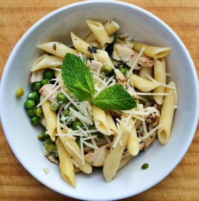 Fresh Summer Pasta with Lemon, Mint, Chicken and Peas