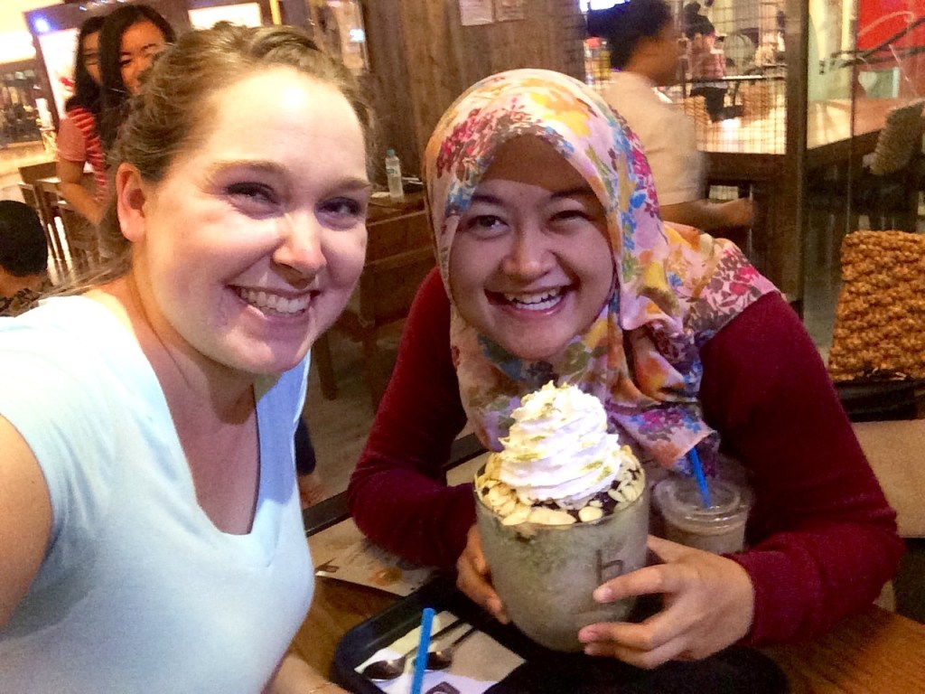 Frida, me and our bingsu :P