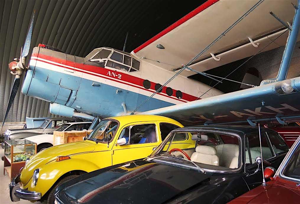 Tausende von Ausstellungsstücken im Transport & Toy Museum