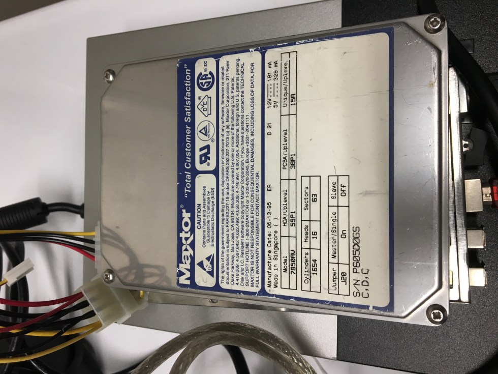 prius auxiliary battery symptoms