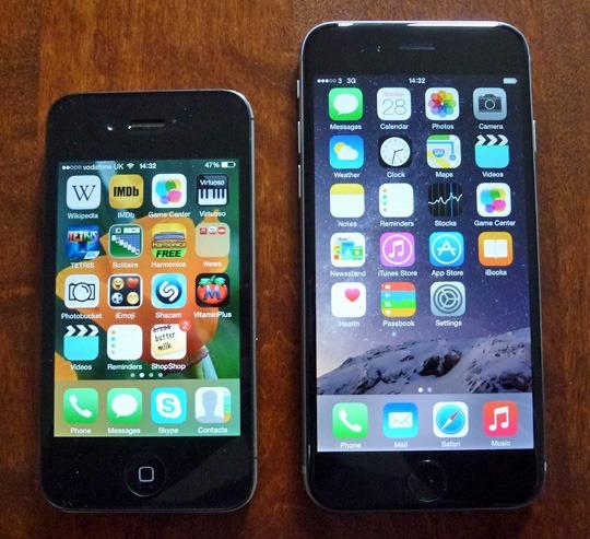 [L-R] iPhone 4S, iPhone 6