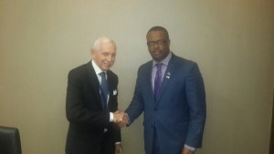 (l-R) Ambassador of the International Organization for Migration William Lacy Swing speaking with St. Kitts and Nevis Foreign Affairs Minister and Premier of Nevis Hon. Mark Brantley in Panama on April 10, 2015
