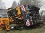 18-03-2013 memmingen allgäuer-strasse autokran umgekippt poeppel new-facts-eu20130318 titel