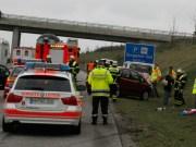 21-04-2013 bab-a96 memmingen holzgünz burgacker unfall feuerwehr-memmingen wis new-facts-eu20130421 titel