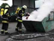 28-06-2013 neu-ulm voehringen loeschmitteltest feuerwehr-voehringen pressefoto new-facts-eu20080108 titel