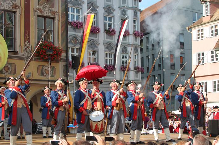 26-07-2013 memmingen fischertagsvorabend stadtgarde fischer poeppel new-facts-eu20130726 titel