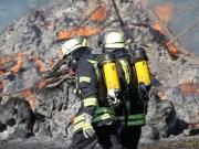 02-08-2013 unterallgau babenhausen brand stadel wald poeppel new-facts-eu20130802 titel
