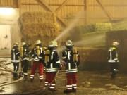 06-08-2013 unterallgau hasberg stadel-brand strohballen poeppel new-facts-eu20130806 titel