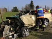 01-04-2014 ostallgaeu kraftisried toedlicher-unfall pkw-baum bringezu new-facts-eu20140401 titel