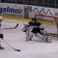 02-02-2014_eishockey_bayernliga-indians_ecdc-memmingen_esc-hassfurt_fuchs_new-facts-eu20140202_0057