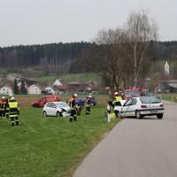 03-04-2014_ostallgaeu_weinhausen_beckstetten_jengen_unfall_frontalzusammenstoss_herbst_new-facts-eu20140403_0001