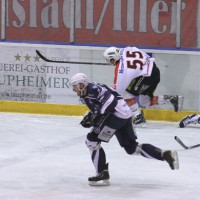 03-11-2013_memmingen_eishockey_indians_ecdc_ev-lindau_niederlage_fuchs_new-facts-eu20131103_0039