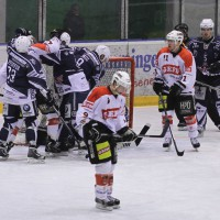 03-11-2013_memmingen_eishockey_indians_ecdc_ev-lindau_niederlage_fuchs_new-facts-eu20131103_0072