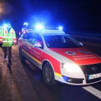 04-01-2014_bab-a7-gronenbach_unfall_uberschlag_feuerwehr_first-responder_poeppel_new-facts-eu20140104_0022