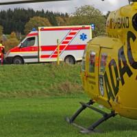 Balzhausen - Pkw kommt von Fahrbahn ab - Fahrer mittelschwer verletzt