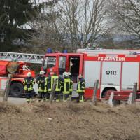 1-02-2014_biberach_kirchdorf_pferd_reiter_illerkanal_feuerwehr_groll_new-facts-eu20140219_0050