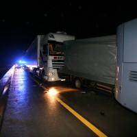 LKW Unfall A8 bei Burgau