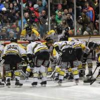 12-01-2014_allgau-derby_eishockey_indians_ecdc-memmingen_erc-sonthofen_niederlage_poeppel_new-facts-eu20140112_0001